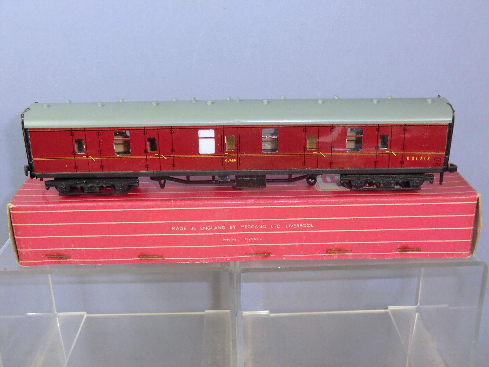 HORNBY DUBLO 2 3 RAIL MODEL No.4075 BR  (ER ) MK1 PASSENGER ALL BRAKE