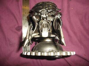 Predator-metal-art-bust-head