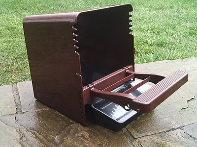 POULTRY NEST BOX WITH ROLL AWAY EGG TRAY AND PERCH BROODY