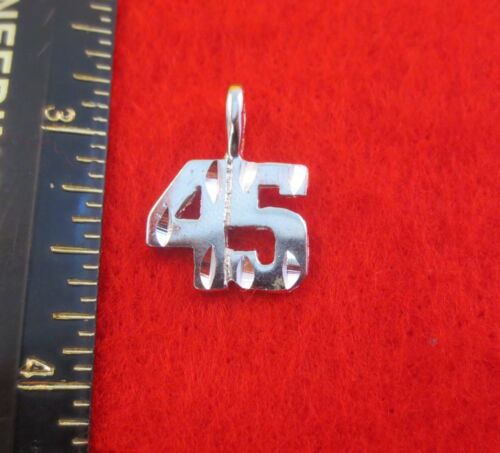 "14KT WHITE GOLD EP NUMBER /""45/"" DIAMOND CUT CHARM"