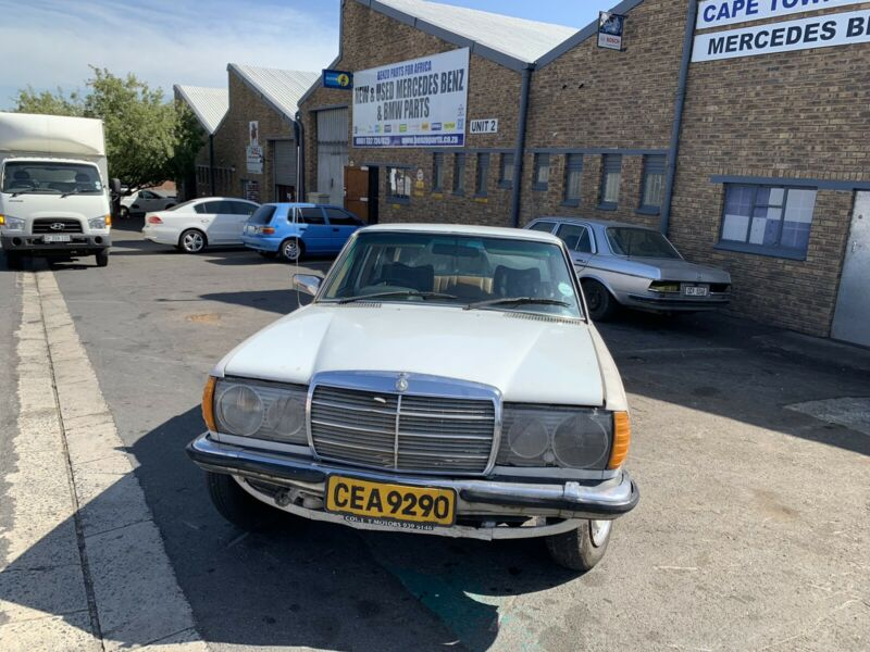 BENZO PARTS NOW STRIPPING: MERCEDES-BENZ 240D AUTO W123 SERIES
