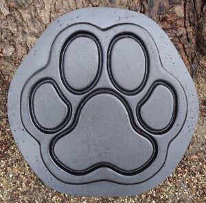 "Dog paw heavy duty plastic mold 17"" x 16"" x 1.75"" concrete plaster mould"