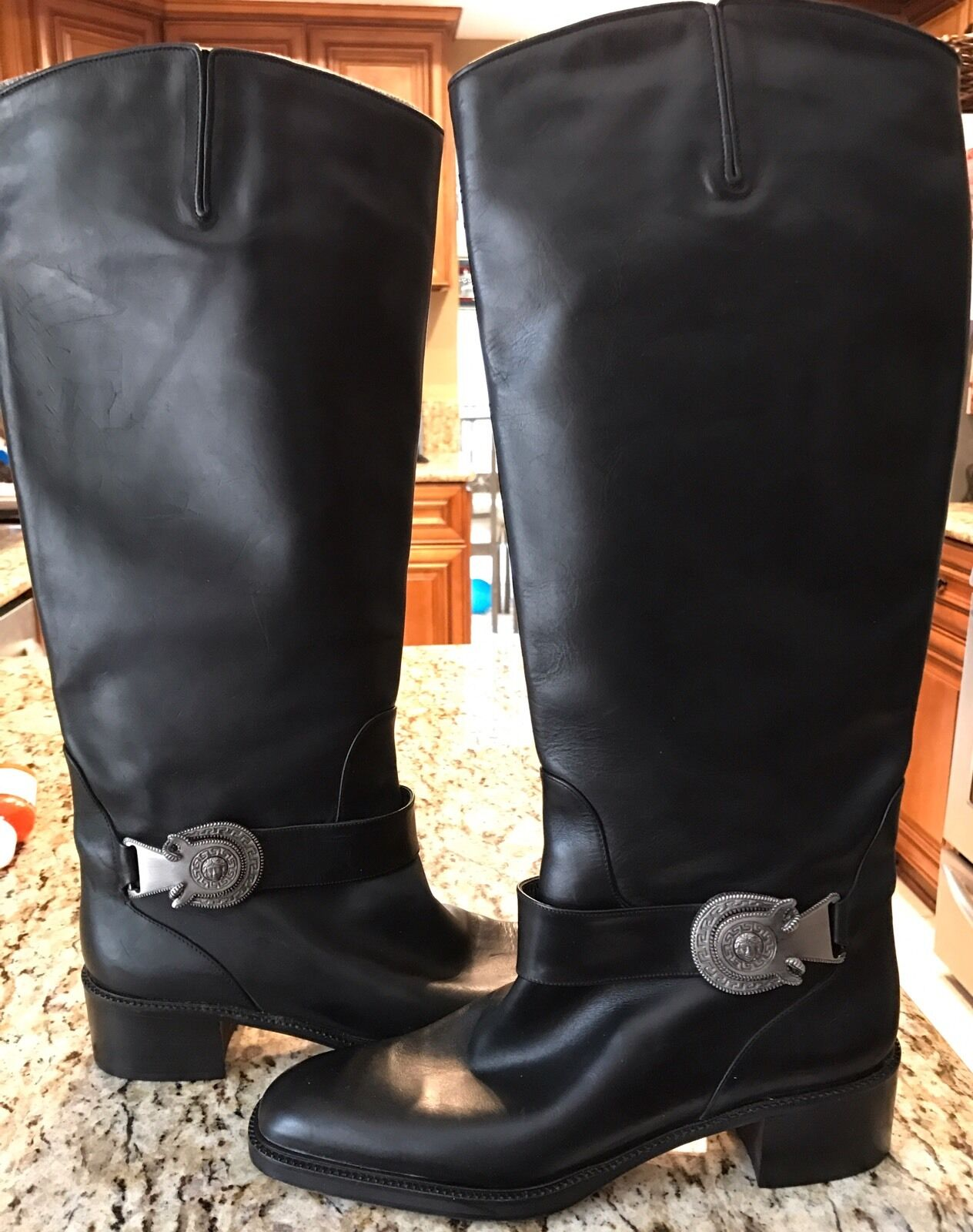 VIA SPIGA Black Black Black Leather Pull On High- Knee Boots 9 AA - Very Good Cond 68b09b