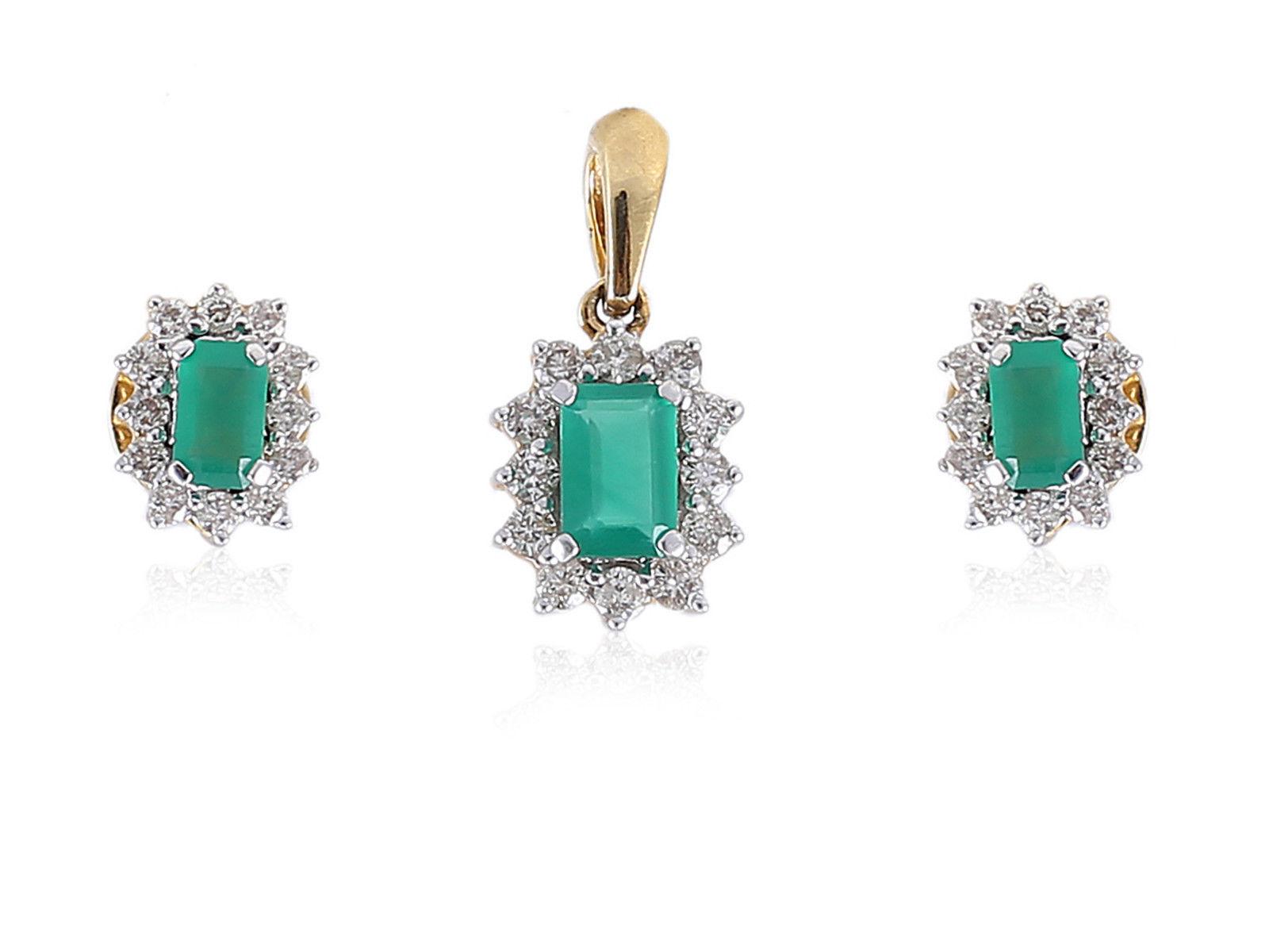 1.49 Cts Round Brilliant Cut Diamonds Emerald Pendant Earrings Set In 18K gold