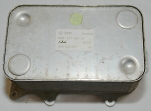 Refroiddiseur-D-039-Huile-Audi-Q7-6-0-Tdi-V12-Radiateur-Huile-05A117021A-Original