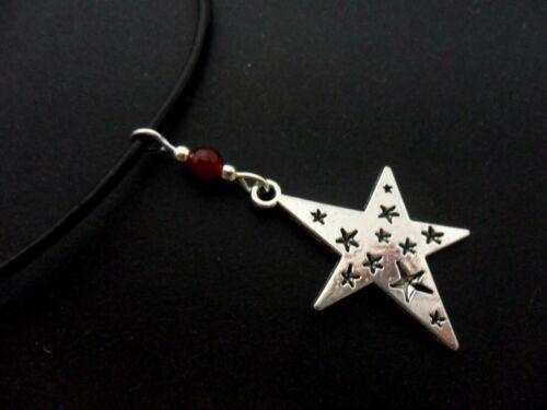 Un cordón de cuero negro de Damas 13 - 14 Collar Gargantilla Estrella Temática. Nueva.