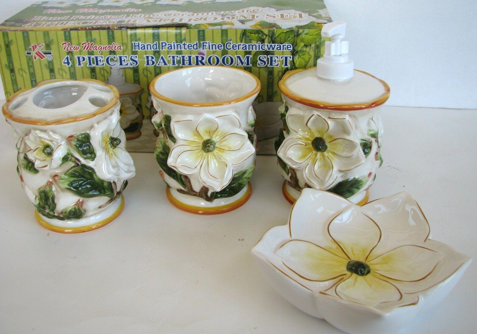 Neu Magnolie Handbemalte Keramik 4PC Seifenspender, Schale, Zahnbürste, Becher   Helle Farben