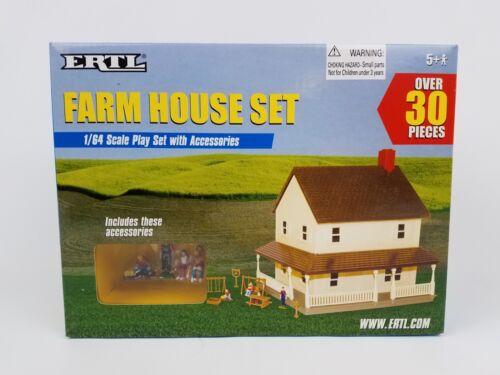 Ertl Farm Country 2 Story House box set 1//64th scale