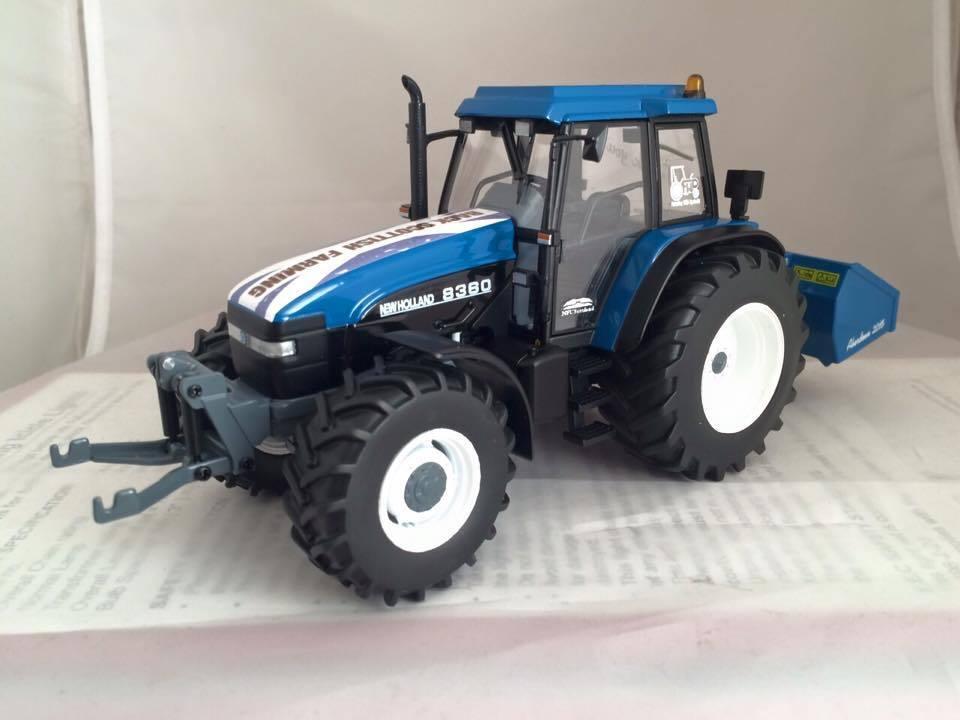 deportes calientes Aberdeen mostrar Modelo 2015 New New New Holland 8360 Tractor 1 32 Caja NFU Escocia Traktor  apresurado a ver