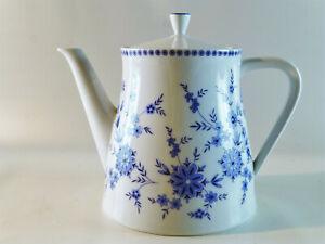 Teekanne-0-9-Liter-von-Seltmann-Weiden-Bayrisch-Blau-DORIS
