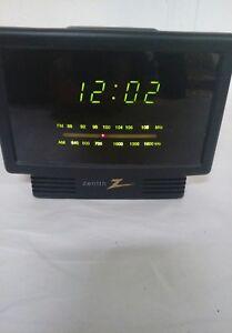 1970s Zenith Circle of Sound Electronic clock radio - YouTube |Zenith Clock Radio