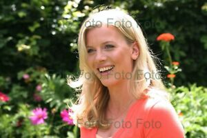 Eva-Habermann-TV-Film-Photo-7-7-8x11-13-16in-Without-Autograph-Be-3