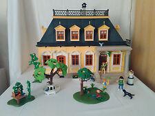Playmobil Puppenhaus 1. Stöckig mit Garten und Teilmöbiliert
