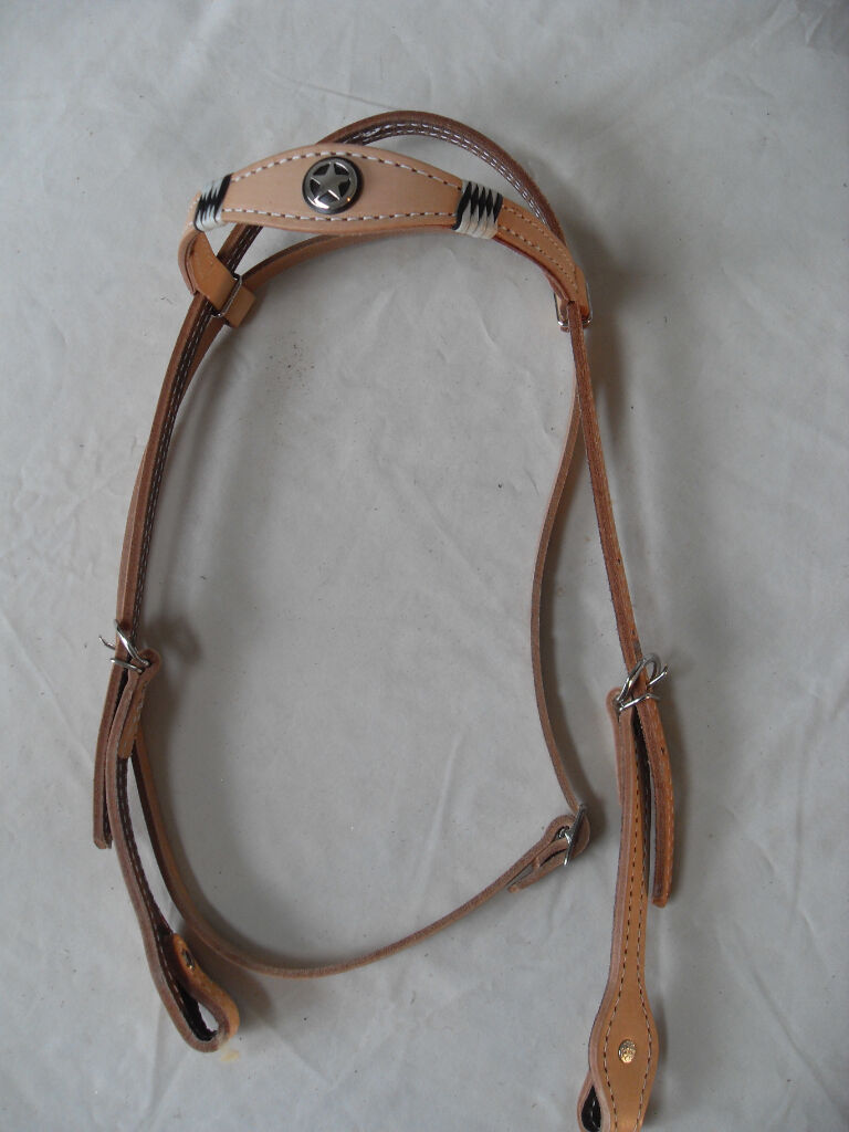 NEW NATURAL FULL SIZE WESTERN HEADSTALL   BRIDLE WITH RAWHIDE LACING & CONCHO
