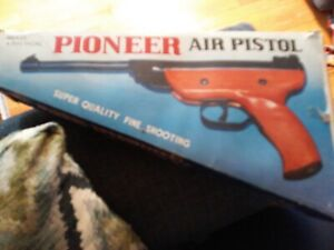 Details about Vintage Pioneer Brand Barrel Break  177 Pellet Air Pistol in  Original Box  Chine