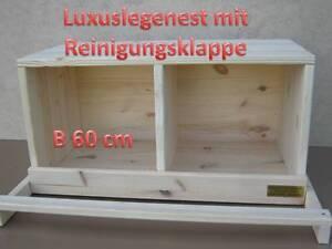Legenest-fuer-Huehner-mit-Reinigungsleiste-Huehnernest