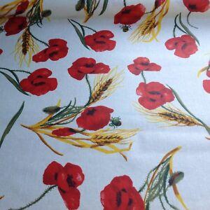 nappe-tissu-enduit-au-metre-motif-coquelicot-160-de-large-fin-de-stock