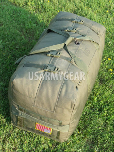 US Army Military Deployment Duffel Flight Carry-on Bag Back Pack Foldable w.Flag
