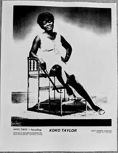 CHICAGO-BLUES-PUBLICITY-PHOTO-KOKO-TAYLOR-8-1-2-x-11-black-amp-white-repro