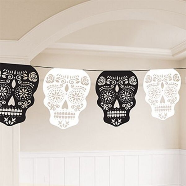 Black & White Skull Garland - 3.65m - Day of the Dead Halloween Party Decoration