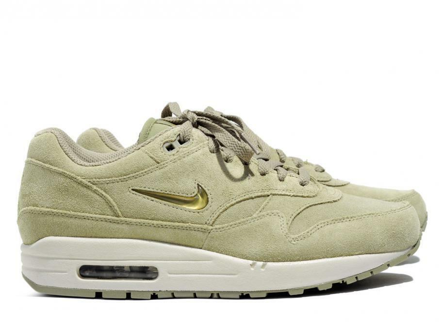 Size 7.5 Nike Men Air Max Max Max 1 Premium SC shoes 912354 201 Beige gold White dc13fa