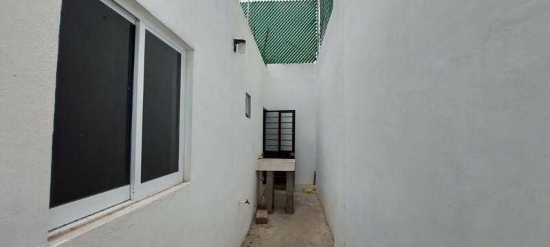 """Casa en venta en esquina en colonia """"jardines de buena vista"""""""