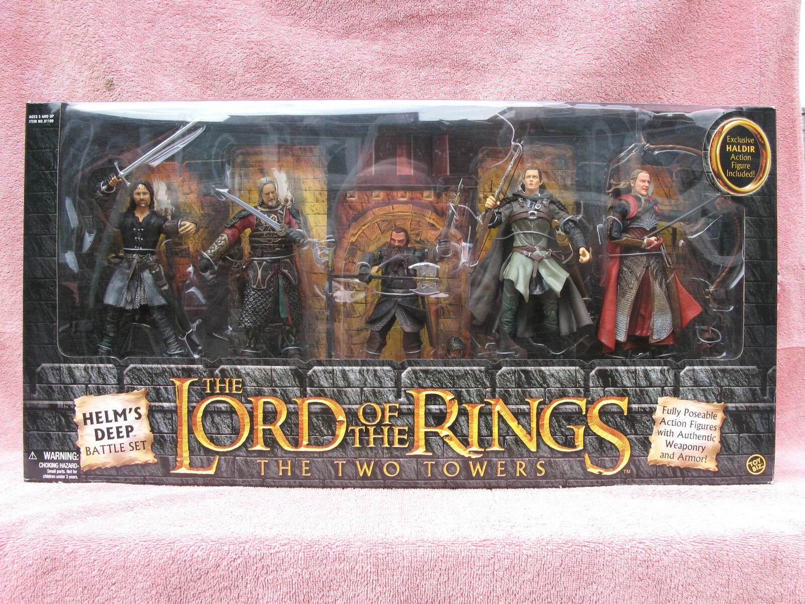 LORD OF THE RINGS - THE TWO TOWERS  HELM'S DEEP BATTLE SET - FIVE FIGURES -