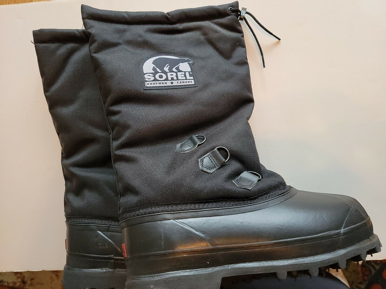 Brand New Sorel Glacier III Boots Men's Size 10 Black