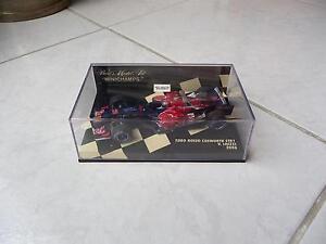 Toro-Rosso-Cosworth-STR1-Liuzzi-n-20-Minichamps-1-43-2006-F1