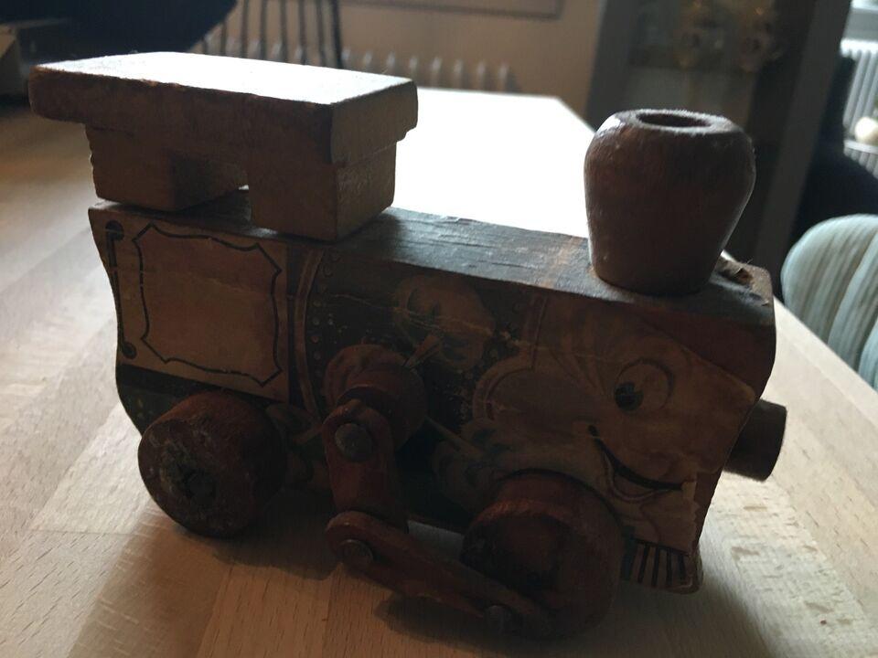 Legetøj, Hest og lokomotiv