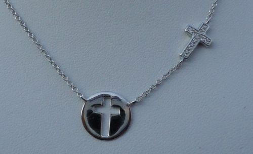 925 STERLING SILVER LADIES CROSS CUT OUT NECKLACE PENDANT W// .25 cts DIAMONDS