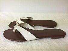 Colin Stuart women white/brown man made Upper Flip Flop Sandal. Size 7.5 B