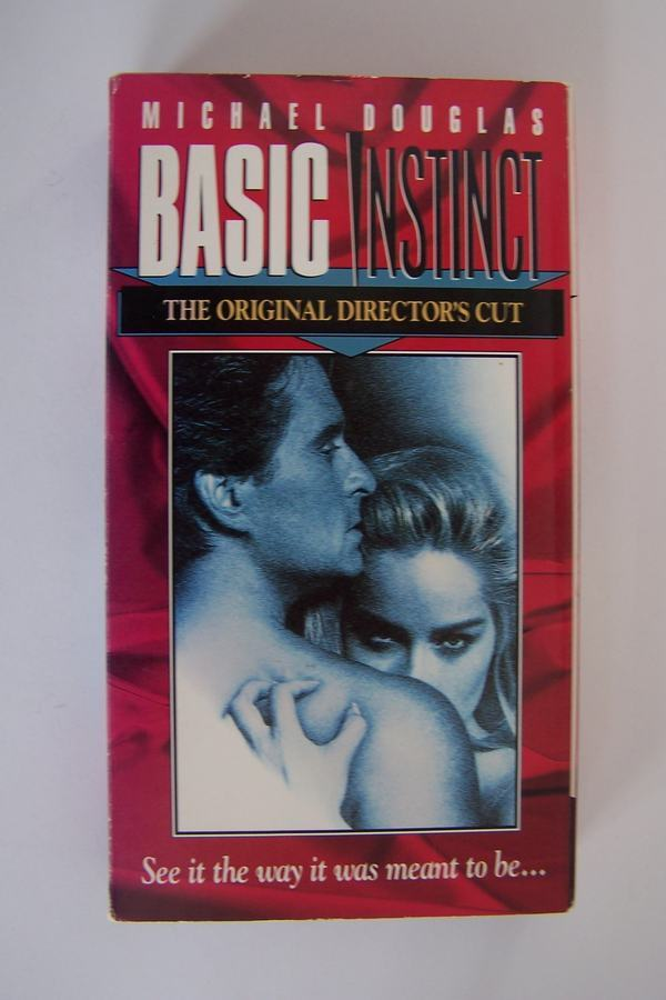 Basic Instinct: The Original Director's Cut VHS Video T