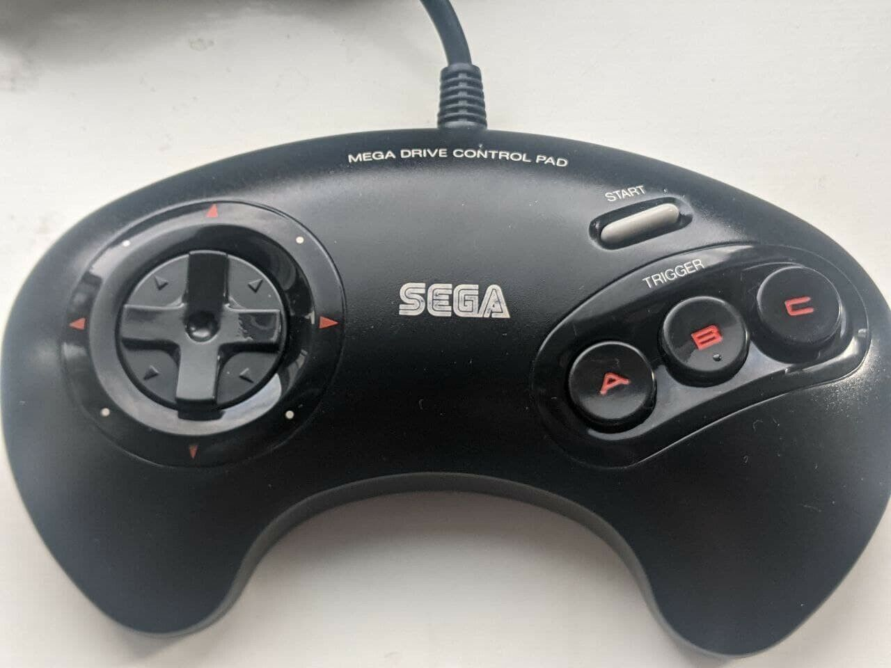 Sega Megadrive Controller - Model 1650 - Grey Button w/ Red Text - Fully Tested