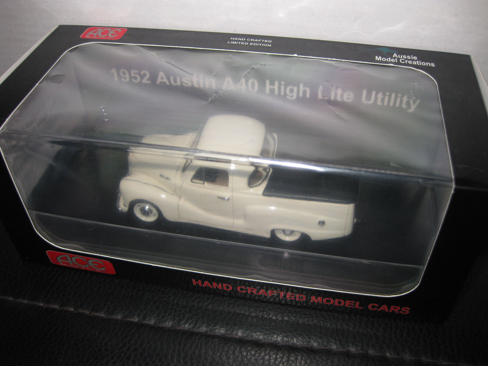 1 43 ACE ACE ACE MODEL CARS 1952 AUSTIN A40 HIGH LITE UTE  LIGHT CREAM  UTE LTD EDITION 4f3ff1