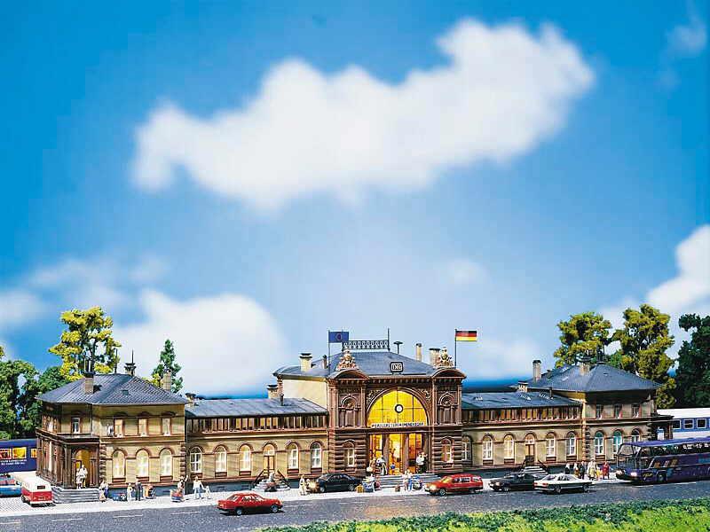 Faller H0 110113 Bahnhof Bonn Bonn Bonn NEU OVP    Rabatt  6fb4b6
