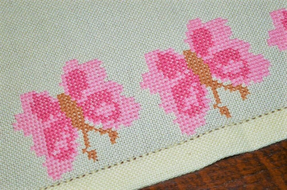 THE HARMONY OF A FLUTTERY rose BUTTERFLY  VTG GERMAN HAND EMB SPRING TABLECLOTH