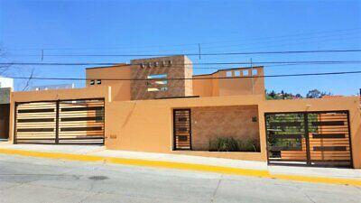 Casa en Venta Residencia de Lujo en Club de Golf Hacienda.