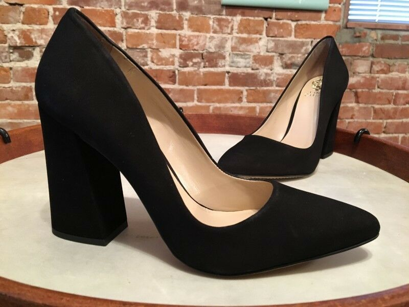 moda Vince Camuto nero Nubuck Leather Talise Pointy Toe Block Block Block Heel Pump NEW  presa di fabbrica