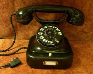 W28  Telefon Bakelit SIEMENS Telephone  Fernsprecher W28 restauriert