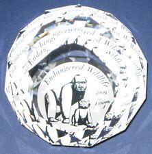 Swarovski – Briefbeschwerer / Paperweight 60mm Gorillas 2009 (signiert).