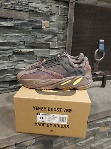check out eaa5b 73cc2 Details about Adidas Kanye Yeezy 700 Mauve Size 11 DEADSTOCK