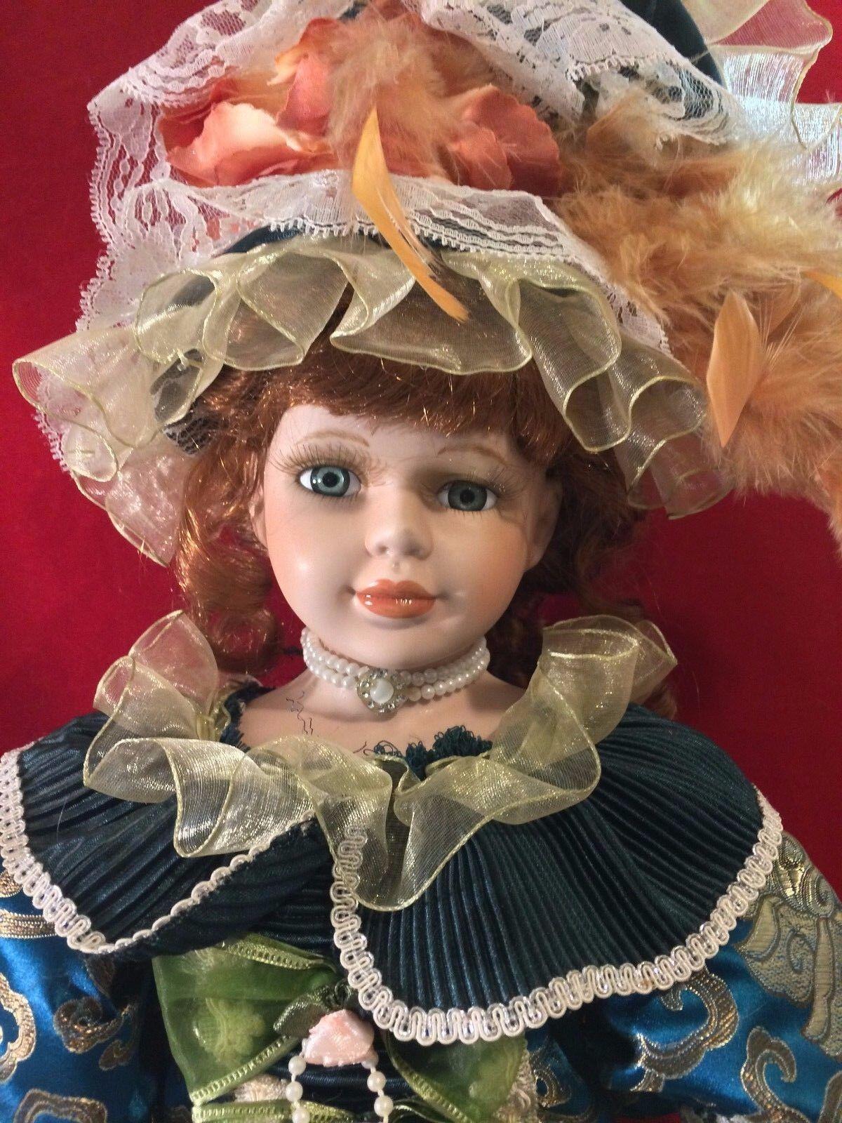 27  Beautiful Victorian Porcelain Doll Curly braun Hair 747 3600