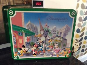 Disneyland-Paris-Character-Design-Tin