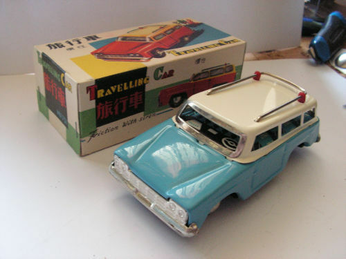 MF731 TIN TOY TRAVELLING CAR JOUET TOLE  old  60 70