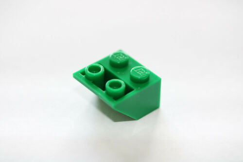 LEGO® Green Slope Inverted 45 2 x 2 Part 3660