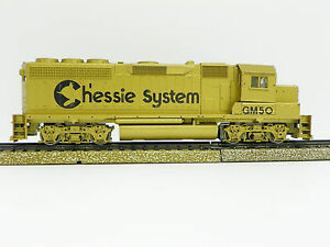 """ATHEARN SPECIAL EDITION HO M/A """"CHESSIE SYSTEM"""" GP40-2 POWER LOCOMOTIVE"""