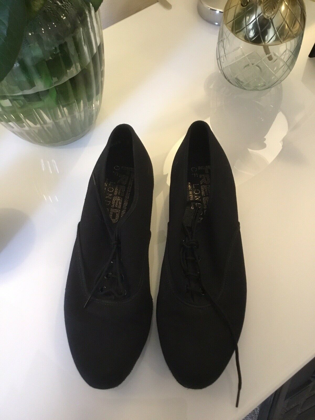 character shoes - Size 3