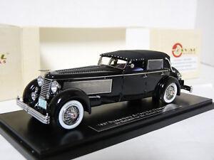 Esval-EMUS43004A-1-43-1937-Duesenberg-SJ-Town-Car-Rollson-Resin-Model-Car
