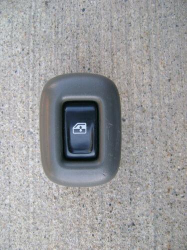 02-05 CHEVY TRAILBLAZER REAR RIGHT SIDE POWER WINDOW SWITCH